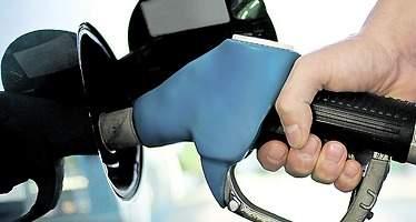 Los gasolineros ven increíble que la CNMC defienda las gasolineras low-cost