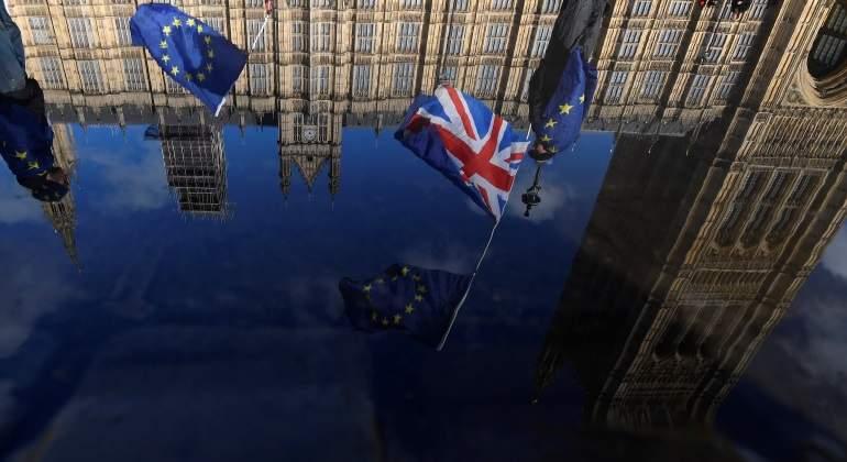 Brexit-banderas-reuters-770.jpg
