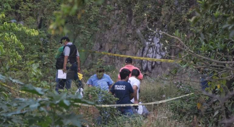 Hallan los restos de al menos 10 personas en una fosa en Acapulco