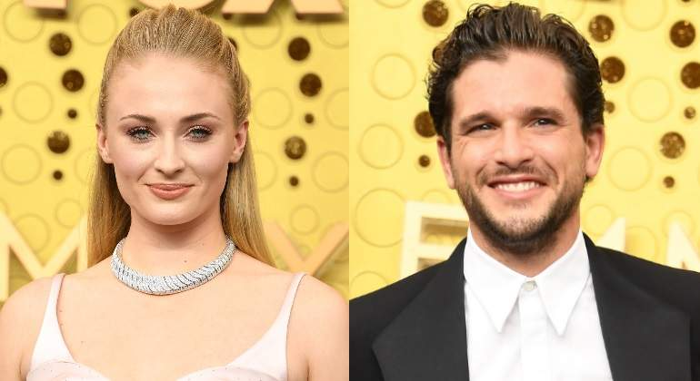sophie-turner-kit-harington-emmy-770.jpg