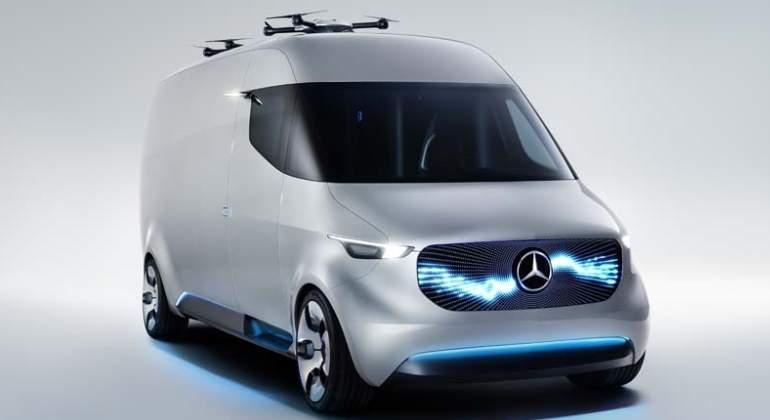 mercedes-furgoneta-dron.jpg