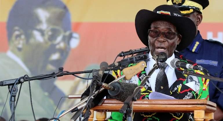 robert-mugabe-president-zimbaue-reuters.jpg