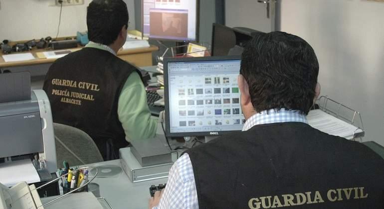 GuardiaCivil_Ordenador.jpg