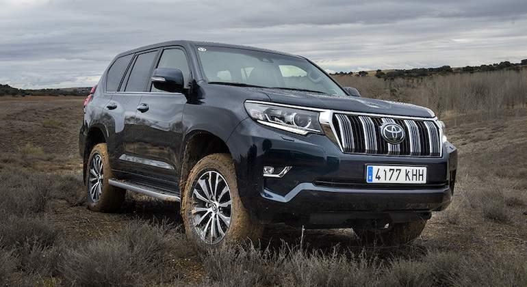 Toyota-LC-Hilux-2018-1.jpg