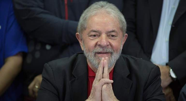 lula-brasil-manos-efe.jpg