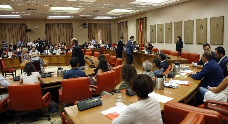 mesa-permanente-congreso-770x420-efe.jpg