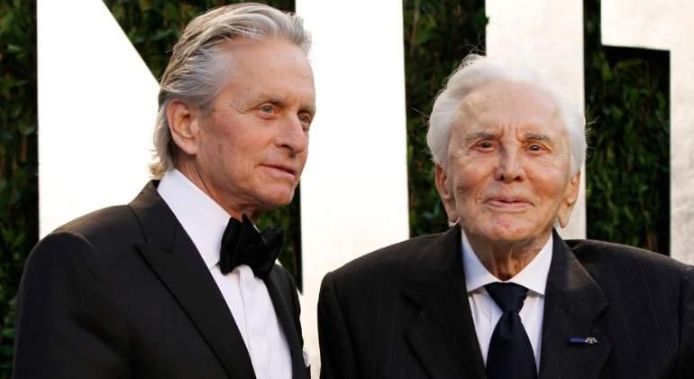 Kirk Douglas cumple 100 años: el actor atribuye su longevidad a su matrimonio