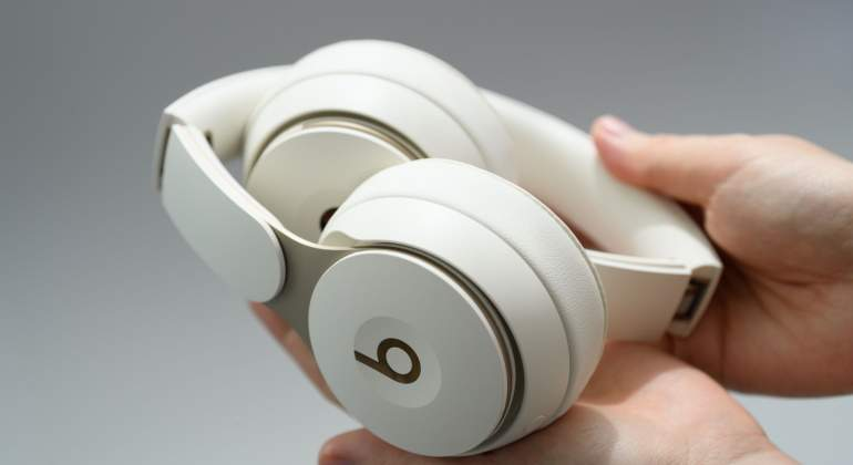 Apple-beats-bloomberg-770.jpg