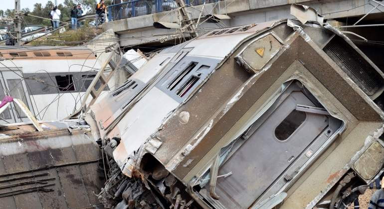 marruecos-tren-accidente-efe.jpg