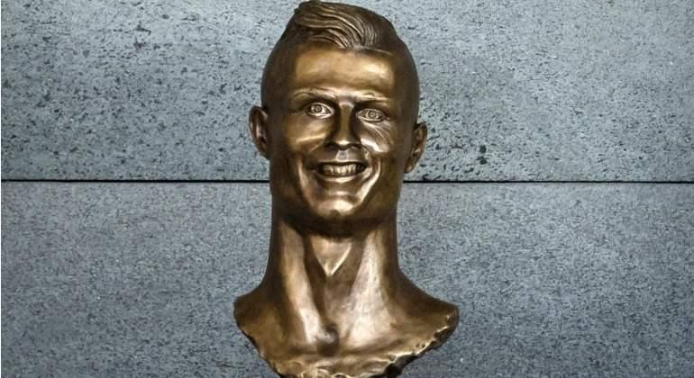 Cristiano-Ronaldo-Busto-deforme-2017-efe.jpg