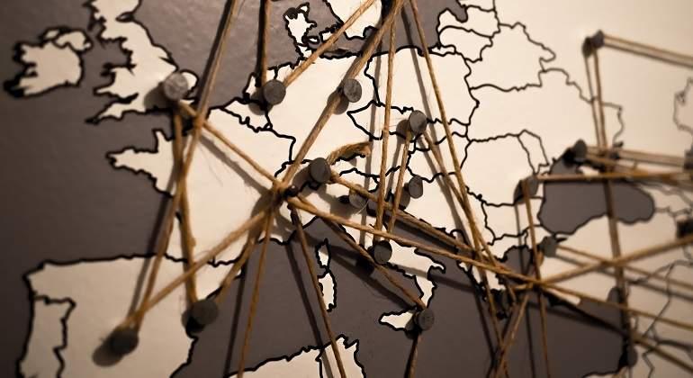 ¿En qué países te encuentras si visitas Tirana o Maputo?