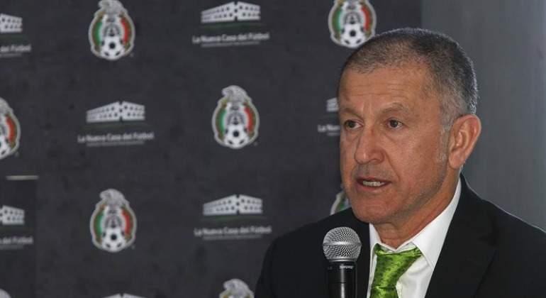 'Chofis' y Diego Lainez podrían ir a Copa Oro