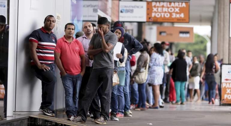cola-paro-desempleo-brasil-reuters.jpg
