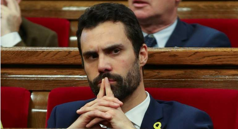roger-torrent-parlament-efe.jpg