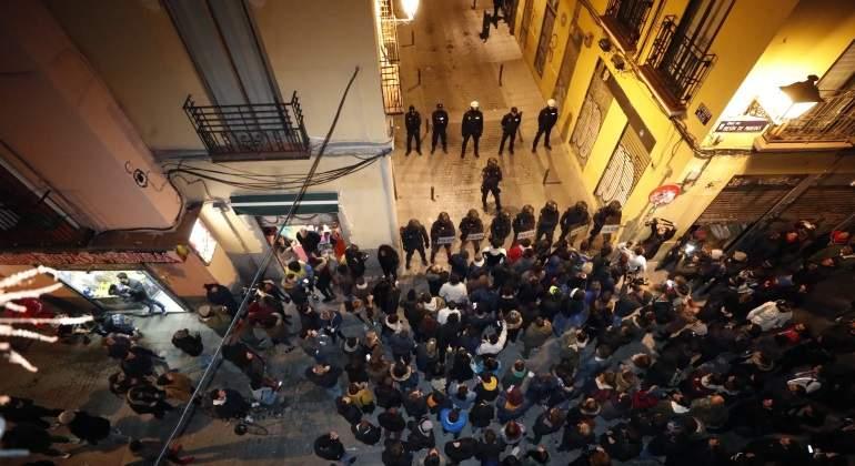 policias-lavapies-manifestacion-mantero-efe.jpg
