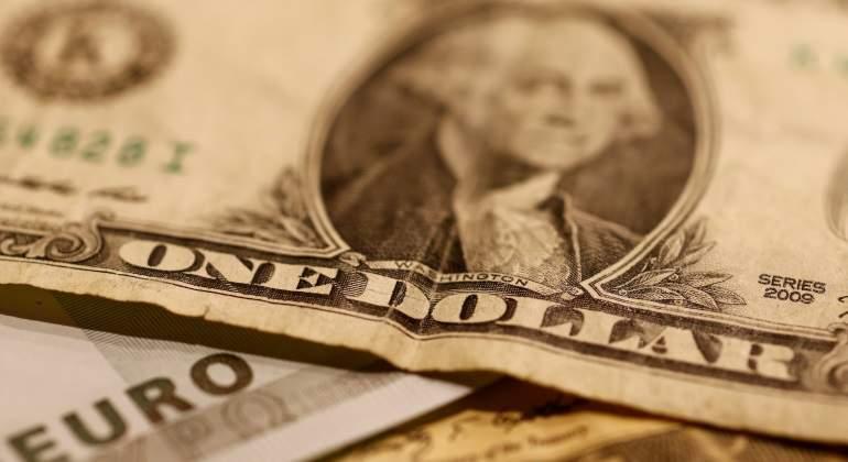 dolar-reuters.jpg