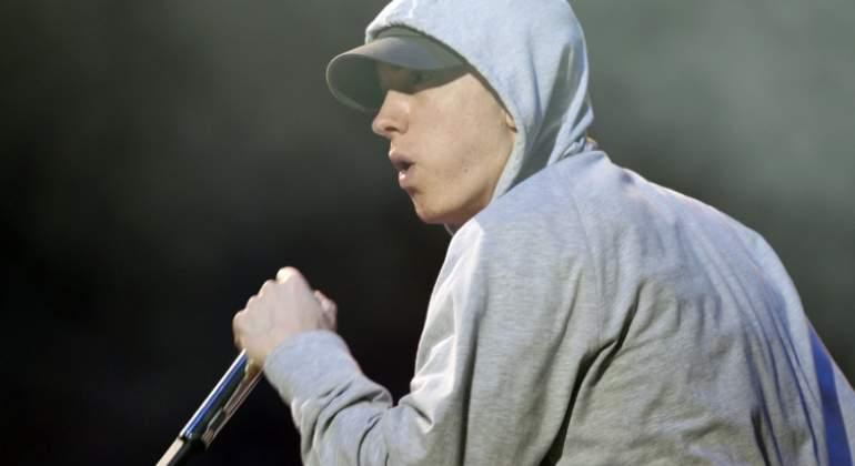 Eminem lanza por sorpresa su nuevo disco de estudio