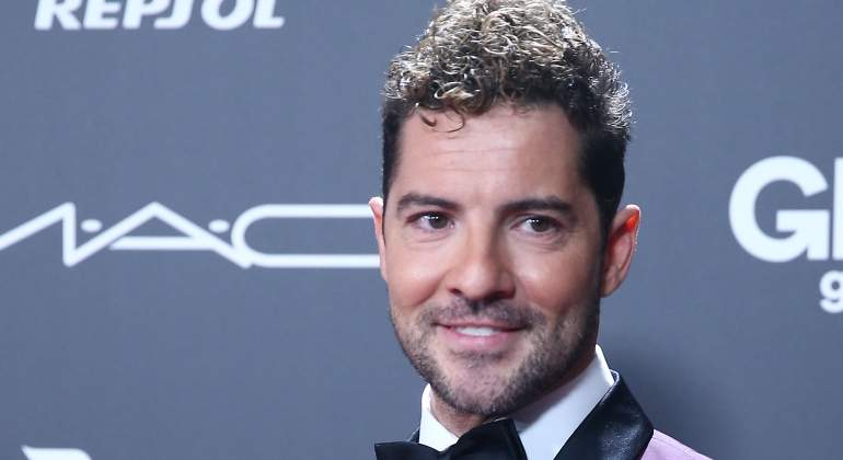 david-bisbal-red.jpg