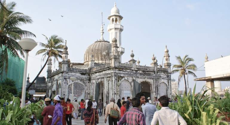 india-santuario-bombay-haji-ali-dreams.jpg