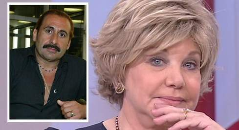 Karina le declara la guerra a su ex, Juan Miguel