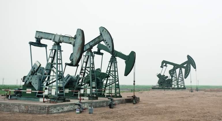 bombas-petroleo-desierto.jpg