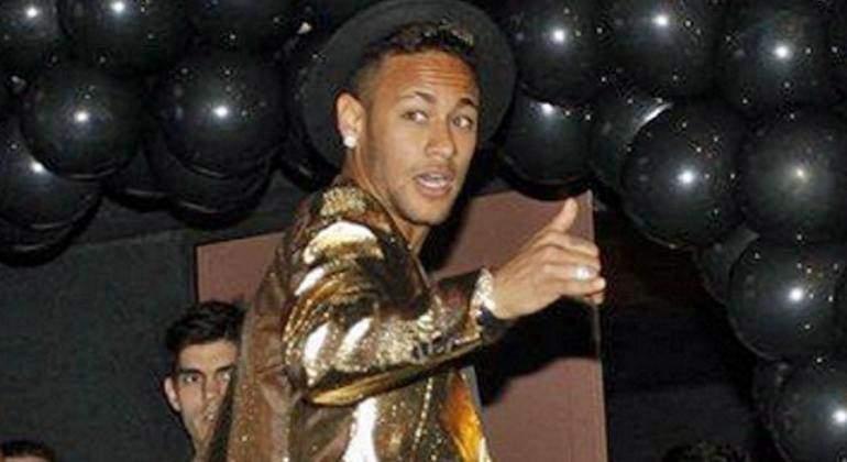 neymar-770-1-fiesta-1.jpg