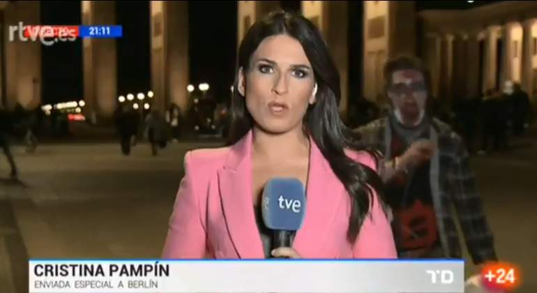 reportera-tve-zombi.jpg