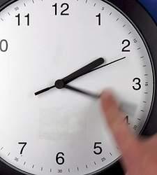 Trabajo rectifica y no multará por omitir el registro horario