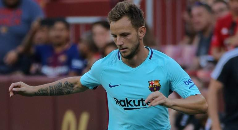 Rakitic-Camiseta-Verde-2017-Reuters.jpg
