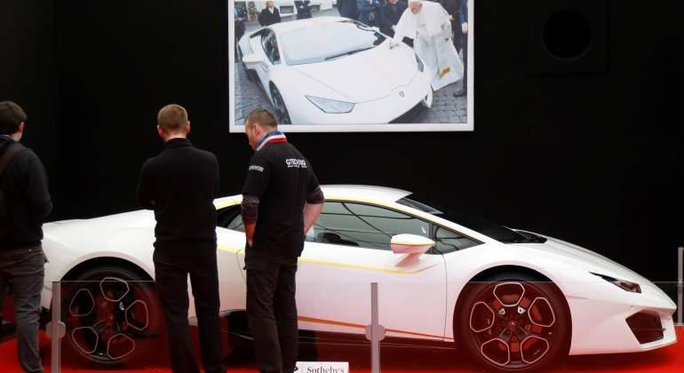 Venden en 715 mil euros el Lamborghini del papa Francisco