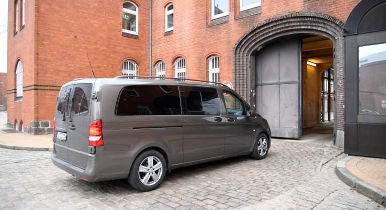 furgoneta-puigdemont-prision-neumunster-reuters.jpg