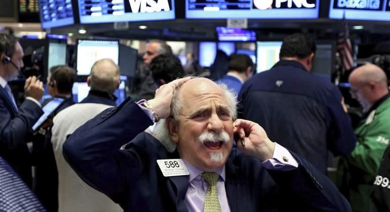 Wall Street cierra mixto y Dow Jones logra un nuevo récord