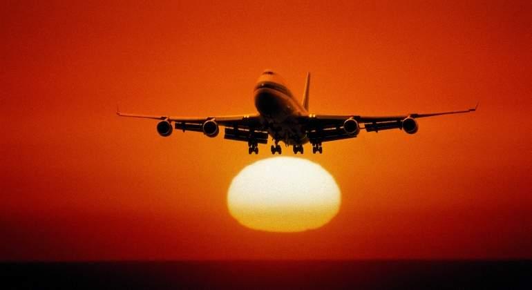 avion-boeing-747-amanecer.jpg