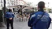 policia-madrid-terraza-coronavirus-efe.jpg