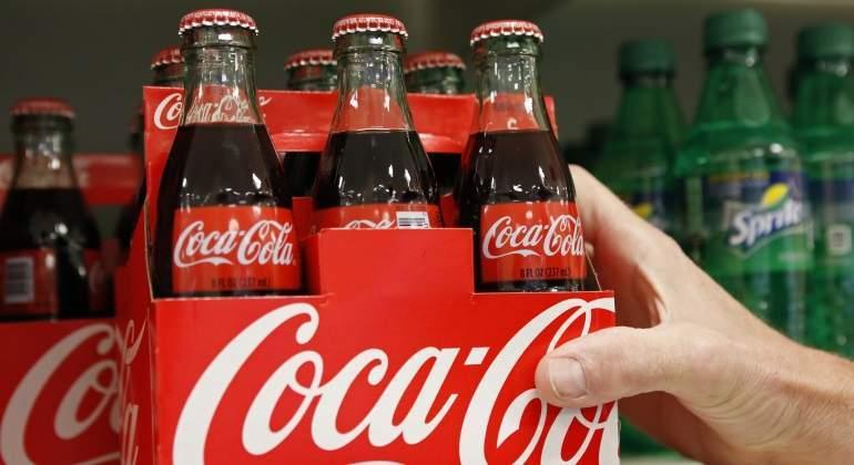 coca-cola-logo-botellas-reuters.jpg