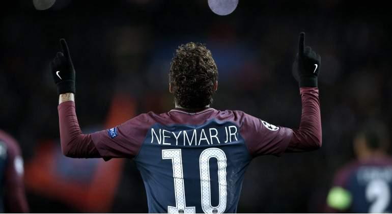Neymar-celebra-gol-Champions-2017-Reuters-dorsal.jpg