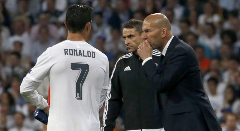 Zidane-CR7-Champions-2016-efe.jpg