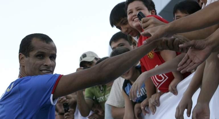 Rivaldo-aficionados-2008-Reuters.jpg