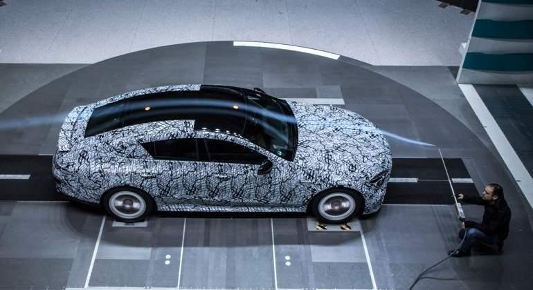 Primeras imágenes del Mercedes-AMG GT4, la nueva berlina deportiva