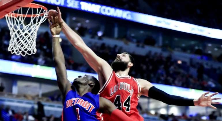 Un Mirotic desatado acerca a los Bulls a los play-off