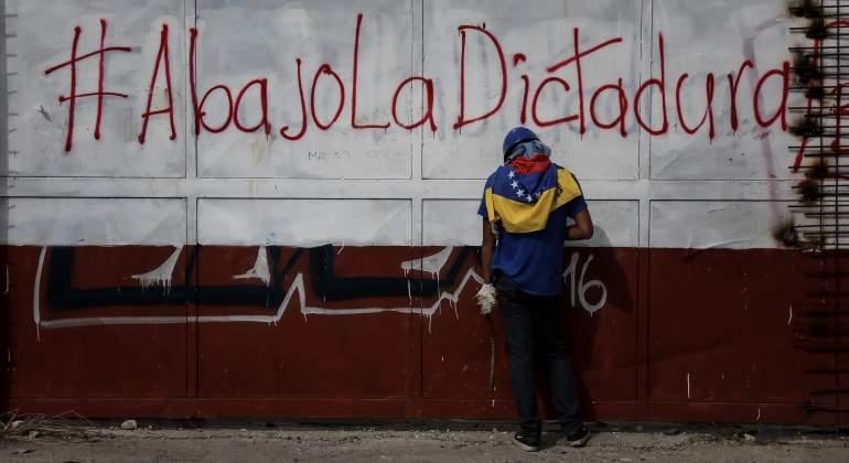 dictadura-venezuela-grafiti-efe-770x420.jpg