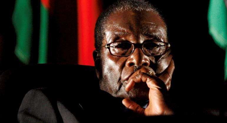 El fin de Mugabe, la mano de hierro del país 37 años