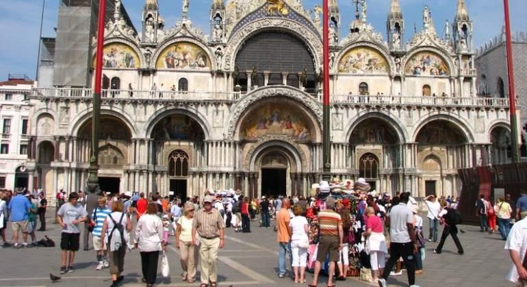 venecia-turistas-sanmarcos-dreams.jpg