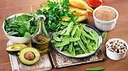 Qué cantidad y qué alimentos debo tomar para ingerir suficiente vitamina K (gran aliada contra la Covid)