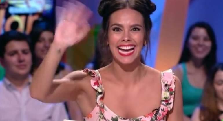 cristina-pedroche-saluda-villar.jpg