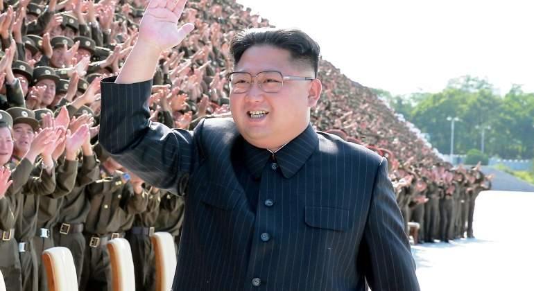 kim-jong-un-corea-norte-militares-ejercito-saludo-septiembre-2017-reuters.jpg