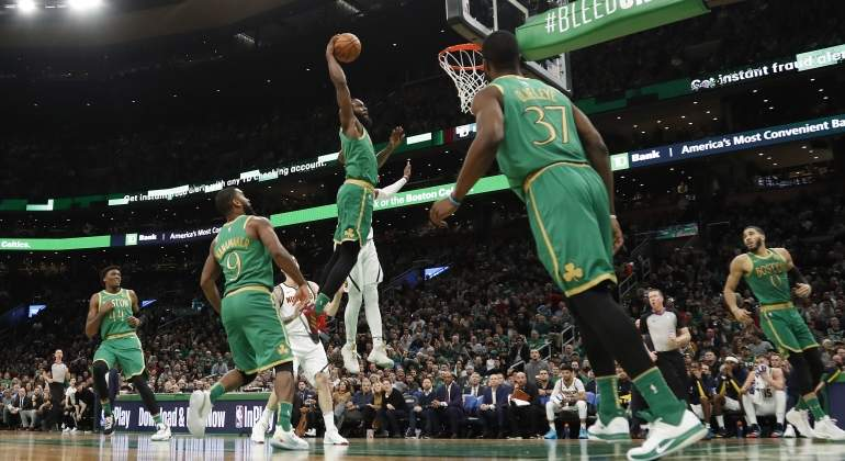 boston-mate-kemba-walker-usatoday.jpg