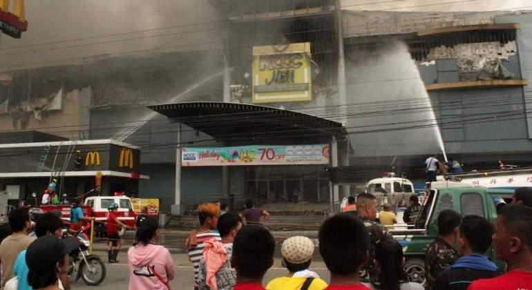 filipinas-incendio-centro-comercial.jpg