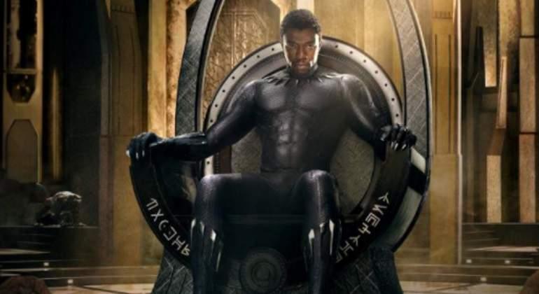 Black-Panther-Twitter.jpg