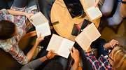 Jovenes-leyendo-especial.jpg